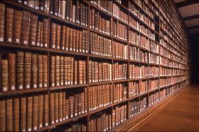Événement > 15e solde annuel des bibliothèques de Montréal (mai 2010)